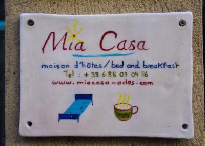 WLM-plaque-Mia-Casa-bed-breakfast-Arles